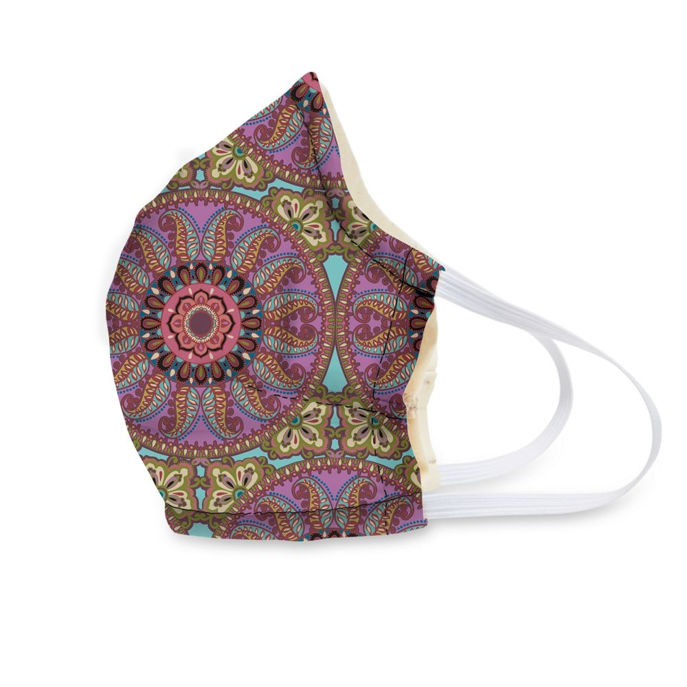 Vera Bradley Face Mask in Resort Medallion